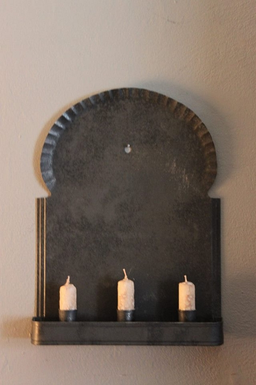 Colonial Sconce