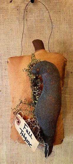 Primitive Pumpkin and Crow Hanger
