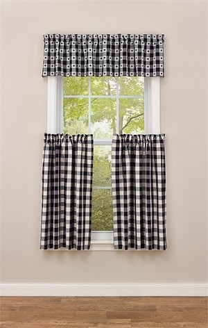 "Checkerboard Star Lined Valance - 60"" x 14"""