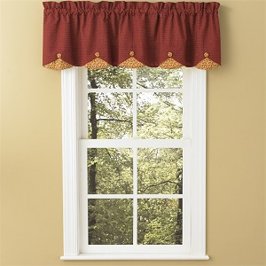 Mill Village Lined Scallop Valance