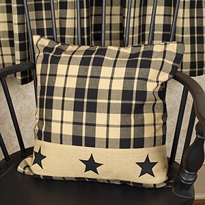 "16"" Black Farmhouse Star Pillow"