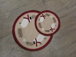 Sheep with Pine and Berries Table Mat 9""