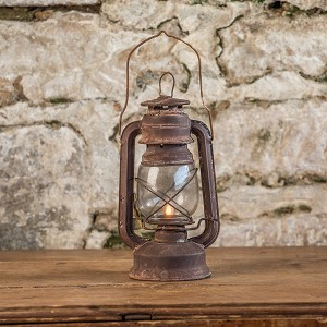 RUSTED MOVING FLAME RAILROAD LANTERN WITH TIMER
