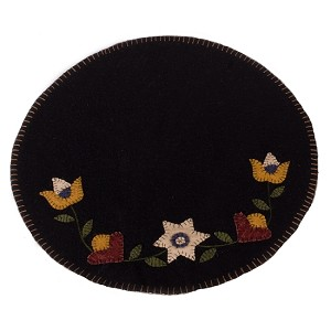 Flowering Vine Candle Mat Black
