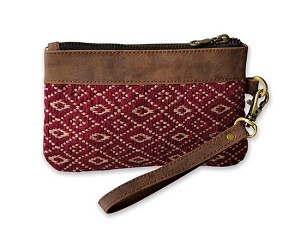 RED/TAN JACQUARD & LEATHER WRISTLET