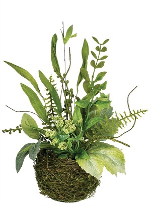 "10"" FOLIAGE BERRY BASKET"