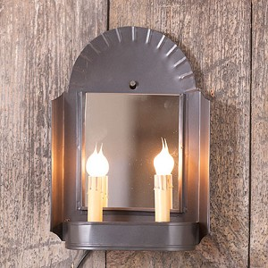 Innkeeper's Sconce in Smokey Black