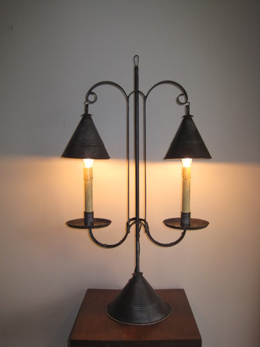 Rhoden Tin Table Light
