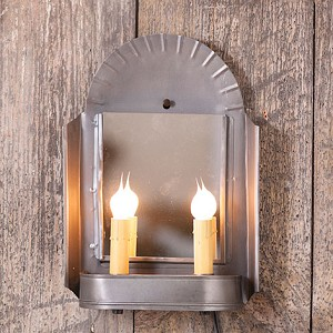 Innkeeper's Sconce in Antique Tin
